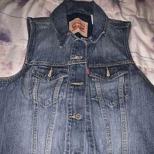 Levi's BRAND new Vest